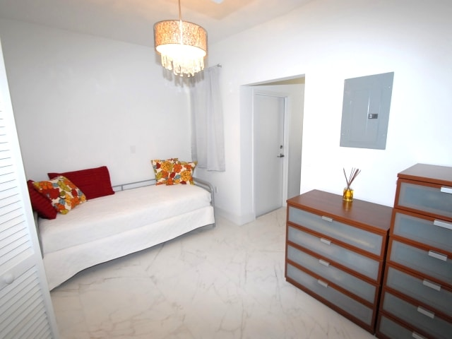 04-1000-meridian-ave-miami-beach-apt-23-immobiliareusa-it