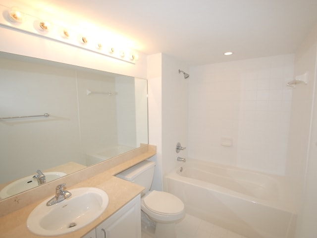 06-90-Alton-Road-unit-1907-Miami-Beach-FL-immobiliareusa-it-min