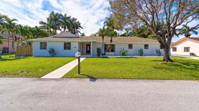 00 26 ne 161st miami fl immobiliareusa it 675x375 - CASE A MIAMI BEACH