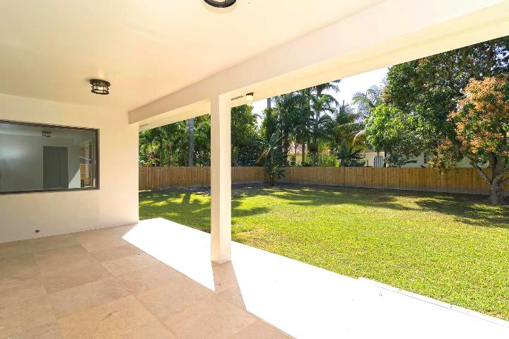 10-26-ne-161st-miami-fl-immobiliareusa-it