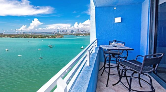 01 1330 west ave apt 2004 miami beach fl immobiliareusa it 675x375 - CASE A MIAMI BEACH