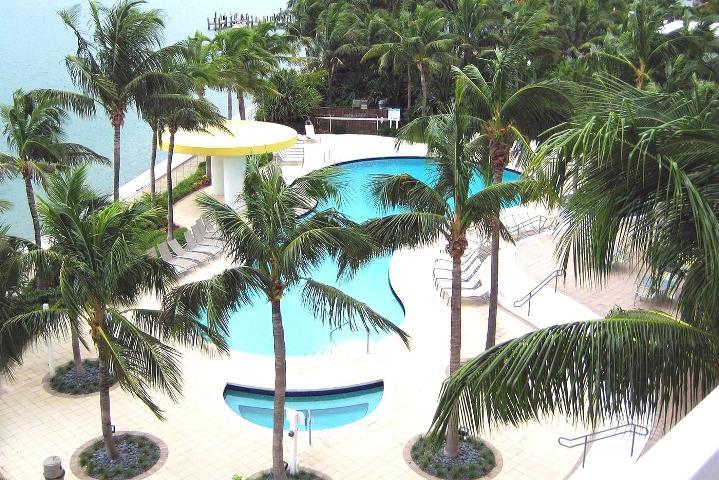 12-1330-west-ave-apt-2004-miami-beach-fl-immobiliareusa-it