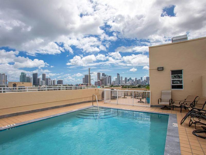 250-nw-23-street-unit-304-miami-fl-immobiliareusa-it-09